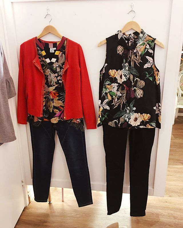 Nyinkommet från @2biz linnet till höger finns även 2 andra färger/tryck #new #fashionaddict #newin #tintino #tintinofashion #gothenburg #innerstadengbg #fashionclothing #cardigan #top #flower #flowerprint #print